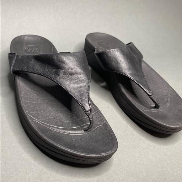 lulu flip flops